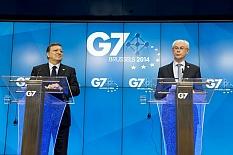 g7-lectern