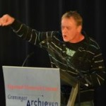 spreekgestoelte-katheder-lessenaar-groninger-archiven